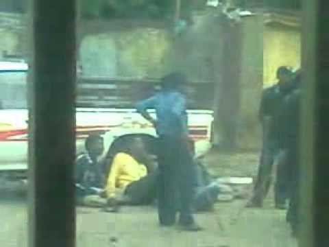 Ethiopian police beating Muslim protesters 07 21 2012