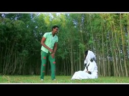 Watch Solomon kinde   Sitayign ስታይኝ   New Ethiopian Music 2015 Official Video on KonjoTube